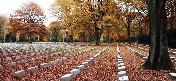 Amburgo cimitero militare italiano