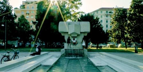 La fontana di Andrea Cascella Piazza Leonardo da Vinci
