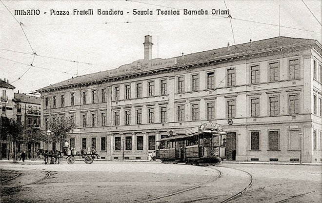 Piazza Fratelli Bandiera, Scuole Barnaba Oriani, primi del '900; demolite verso il 1970w