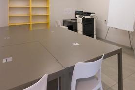 Angolo del salone/studio/refettorio con fotocopiatrice