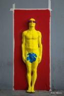 2012 Luglio In posa per una mostra in via Bussola 4