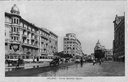 1923 Il palazzo ad angolo con via Stradivari fu demolito durante i lavori della metropolitana