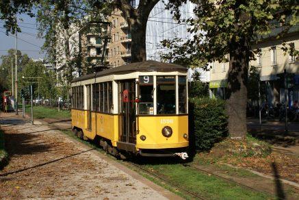 2010-10-06, Milano, Viale Vittorio Veneto _ Photo André Knoerr, Genève