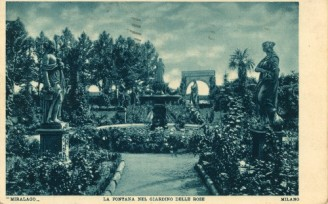 04 La fontana nel giardino delle rose