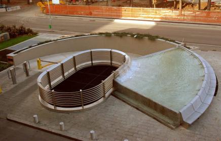 Fontana ingresso parcheggi sotterranei