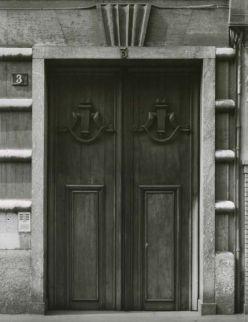 Gabriele Basilico, 1980-1982 Casa Radici-Di Stefano (oggi Casa-museo Boschi Di Stefano), via Aldrovandi 3, via Giorgio Jan 15, Milano, 1929-1931 (Arch. Piero Portaluppi 1888-1967) Stampa ai sali d'argento su carta baritata (VINTAGE PRINT) 37,5x29 cm